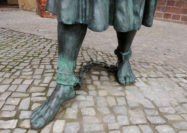 feet-433607_1920